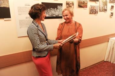 Izstādes atklāšana Jelgavas poliklīnikā              Nāc līdzi fotoistāde-8