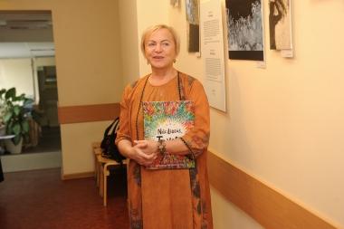 Izstādes atklāšana Jelgavas poliklīnikā              Nāc līdzi fotoistāde-6